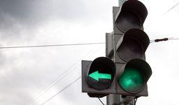 Светофоры на двух перекрестках Ижевска отключат на полчаса