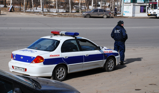 На улицы Ижевска вышли полицейские в полной боевой экипировке