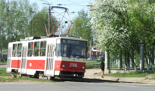 В Ижевске подростки закидали камнями 4 трамвая