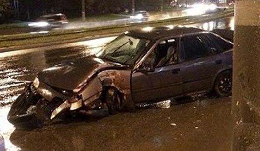 У автозаправки на улице Кирова в Ижевске за вечер произошло две аварии