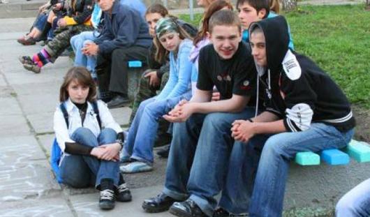 С 1 октября в Удмуртии ужесточается «комендантский час» для подростков