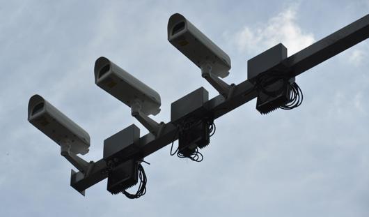 На перекрестке Пушкинская - Чугуевского в Ижевске  начали устанавливать видеокамеры