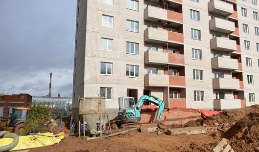 Начальник ребят, которых засыпало землей на стройке в Ижевске: «Давайте осторожнее»