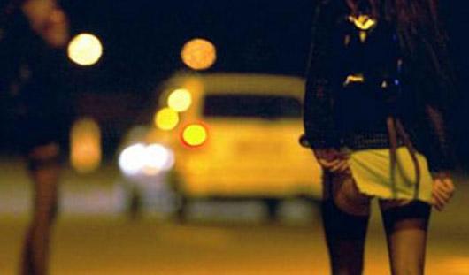 Водитель из Ижевска ночью сбил проститутку на трассе