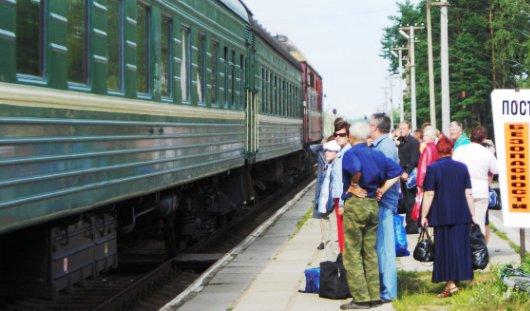 11, 12 и 13 октября пустят дополнительный поезд Ижевск - Чур