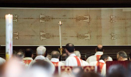 В Ижевск прибывает освященная копия Туринской плащаницы