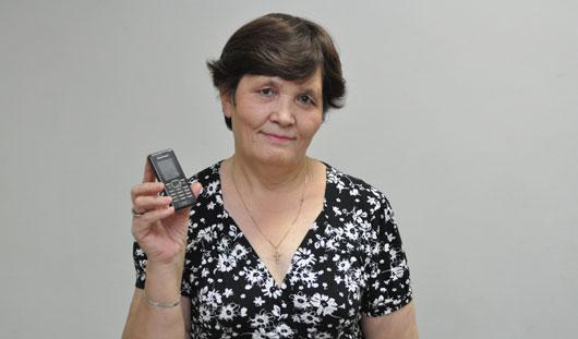 Услышав на радио объявление о пропаже телефона, сарапульчанин приехал в Ижевск и подарил свой мобильник