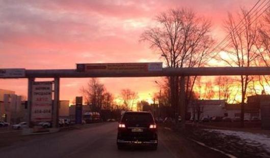 Кислотные рассветы/закаты и аварийные выходные: о чем утром говорят в Ижевске