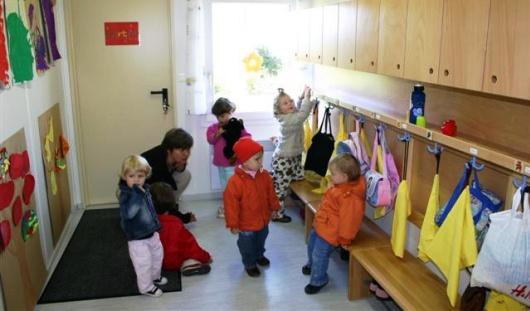 За падение шкафа на ребенка двум воспитателям из Ижевска грозит срок
