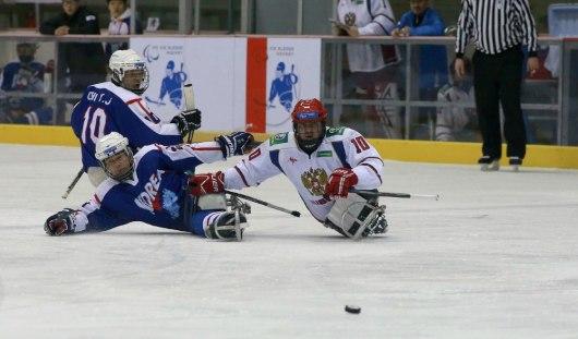 Следж-хоккеисты из Удмуртии забили две шайбы в ворота Южной Кореи