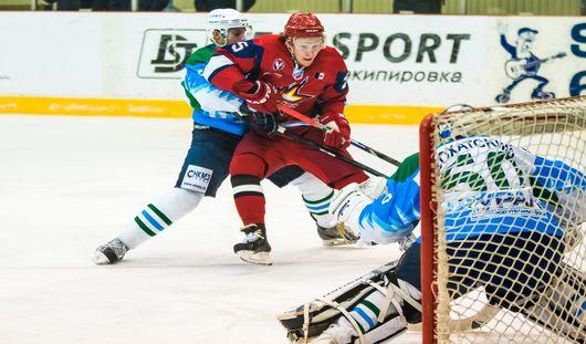 «Ижсталь» выиграла у нефтекамского «Тороса» со счётом 2:1