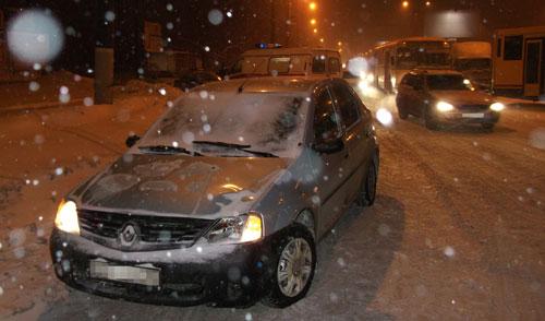 В Ижевске под колеса «Рено» угодил пешеход