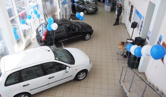 В России можно будет поставить машину на учет прямо в автосалоне