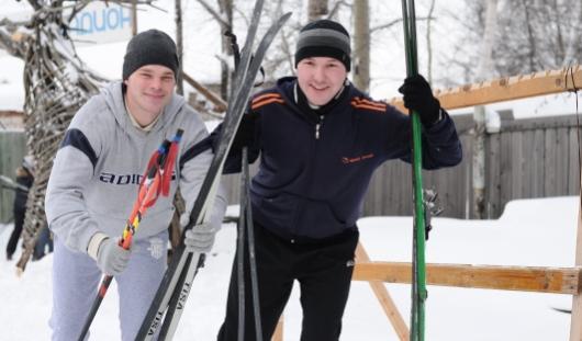 Зимние забавы: где в Ижевске покататься на лыжах