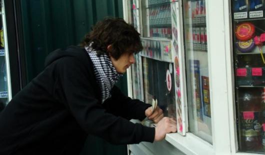 Ижевские школьники провели «контрольную закупку» алкоголя в ларьках