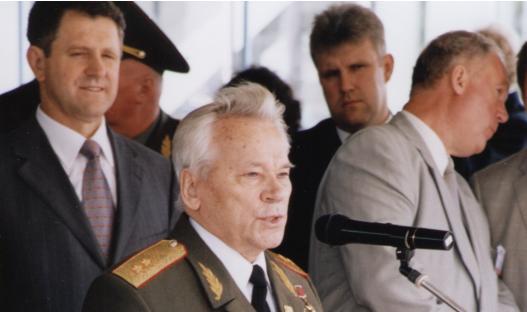 Самые яркие цитаты Калашникова: «Я первый пожму руку тому, кто сделает автомат лучше»