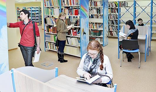 Событие, которого ждали 20 лет: в Ижевске открылась библиотека с фондом более миллиона книг