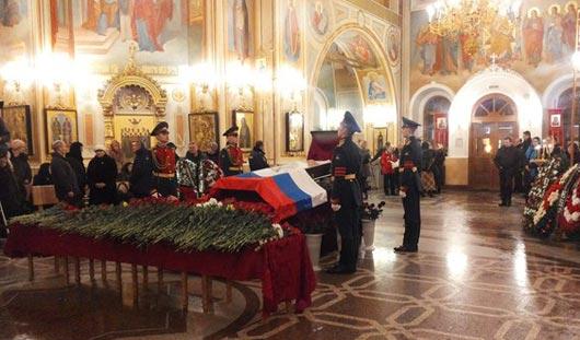 В Ижевске на прощание с Михаилом Калашниковым ждут Дмитрия Рогозина
