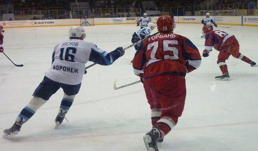 Хоккеисты Ижевска проиграли воронежскому ХК «Буран»