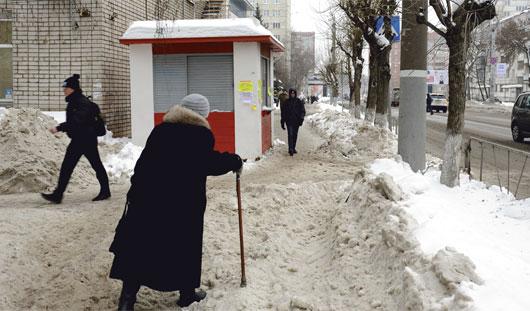 Когда будут чаще чистить тротуар на улице Майская в Ижевске?