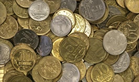 Налоги россиян теперь будут считать в полных рублях