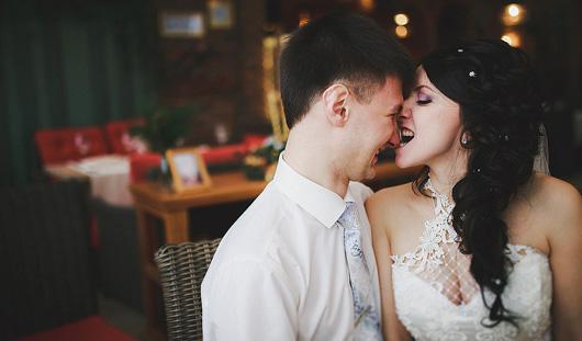 Ижевские молодожены: Пришла посмотреть на новенького на работе, а потом вышла за него замуж