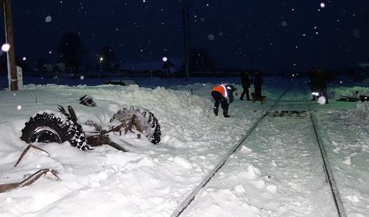 В Удмуртии пожарная машина попала под поезд