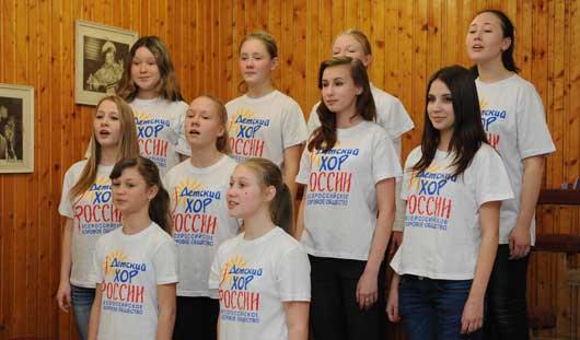 «Тайный» Гимн Олимпиады и 3 «золотых» правила: участницы тысячного хора России вернулись в Ижевск