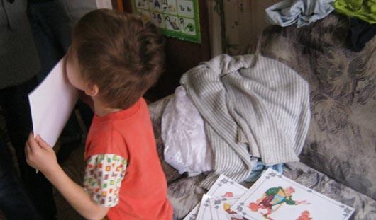 Мальчик из Ижевска, которого отец держал на цепи, попросил не сажать папу в тюрьму