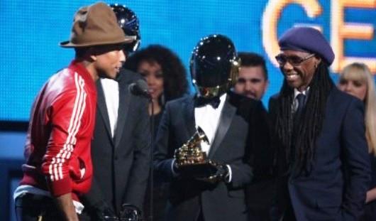 Французский электронный дуэт Daft Punk выиграл «Грэмми» в четырех номинациях