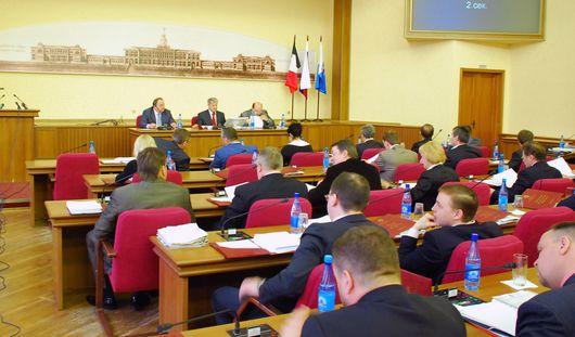 Следователи закрыли дело о растрате бюджетных денег на вечеринки депутатов Ижевска