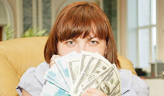 Американские горки: Чего ждать ижевчанам от скачков курса доллара?