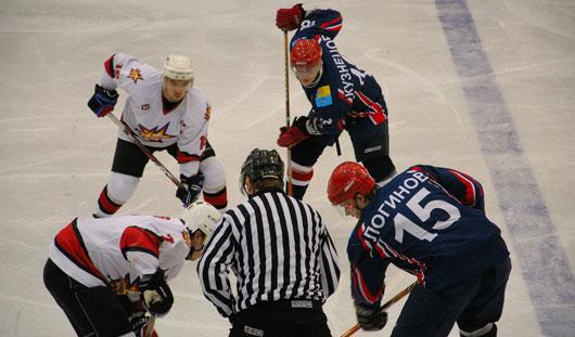 Хоккейный клуб «Ижсталь» пополнится двумя игроками «Северстали»