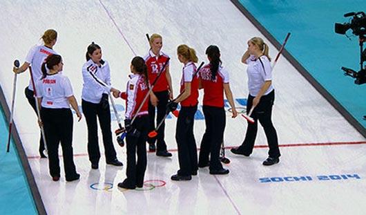 Женская сборная России по керлингу обыграла датчанок на Олимпиаде в Сочи