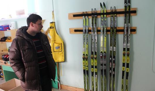 Глава спортшколы в Шаркане: «Максим Вылегжанин дарит нам лыжи за 19 тысяч рублей»