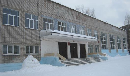 Школу № 5 в Ижевске, где школьники подхватили инфекцию, закрыли на карантин