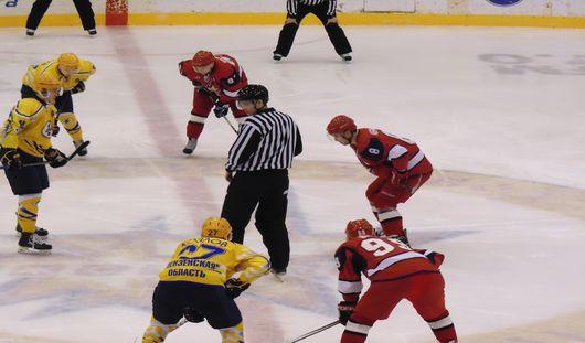 «Ижсталь» уступила хоккеистам из Пензы