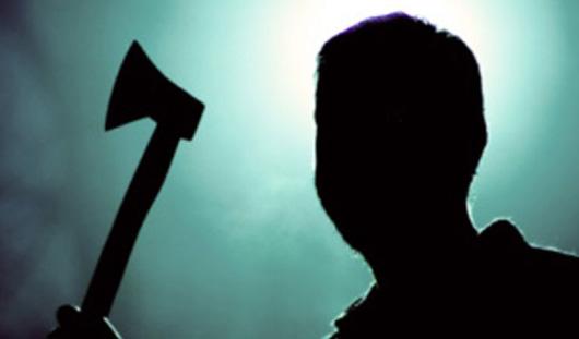 Трое ижевчан по заказу напали с топором на предпринимателя