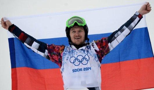 Россиянин Николай Олюнин завоевал серебро в сноуборд-кроссе