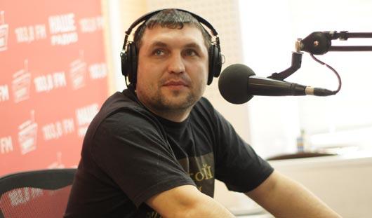 Лидер группы «Анимация» рассказал в Ижевске, что фанаты воруют их вещи
