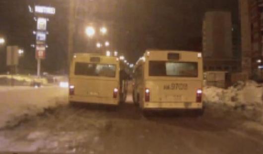 Водителя автобуса, который устроил гонки в Ижевске, уволили
