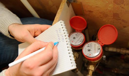 Почему жители 300 домов Ижевска получили большие счета за горячую воду?