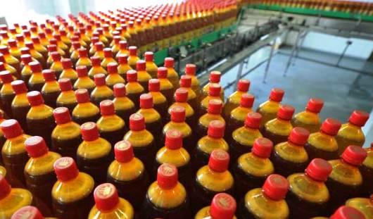 Продажу пива в пластиковых «баклажках» планируется запретить в России