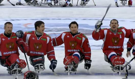 Сборная России по следж-хоккею вышла в полуфинал