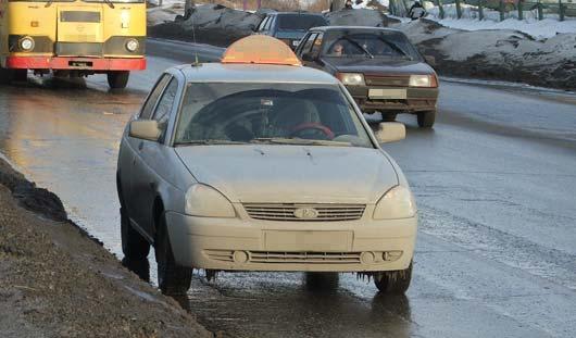 Ижевский таксист ездил по городу с поддельными правами