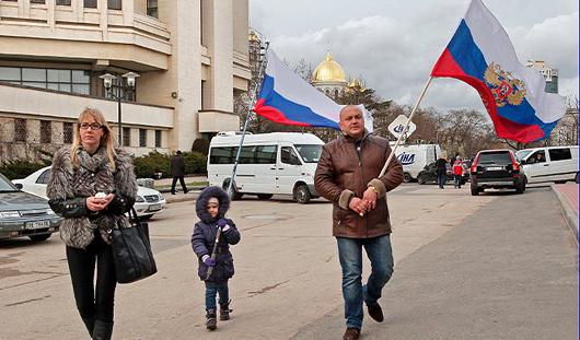 Присоединение Крыма к России и мартовский дождь: о чем утром говорят в Ижевске