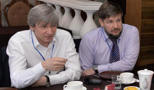 Руководители Ижкомбанка встретились с медиками за чашкой чая