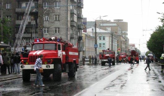 Ижевчан, чьи машины мешают проезду пожарной техники, оштрафуют