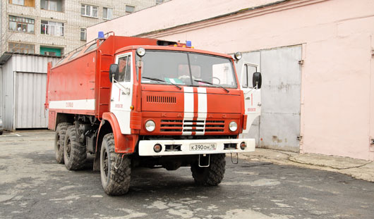 Жителей Удмуртии, чьи машины будут мешать проезду пожарных, начнут штрафовать