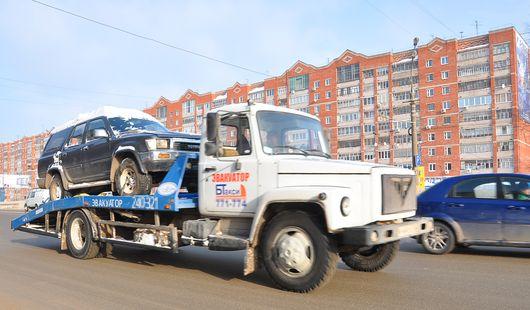 Эвакуация авто с ребенком и картонные права: о чем говорят в Ижевске этим утром